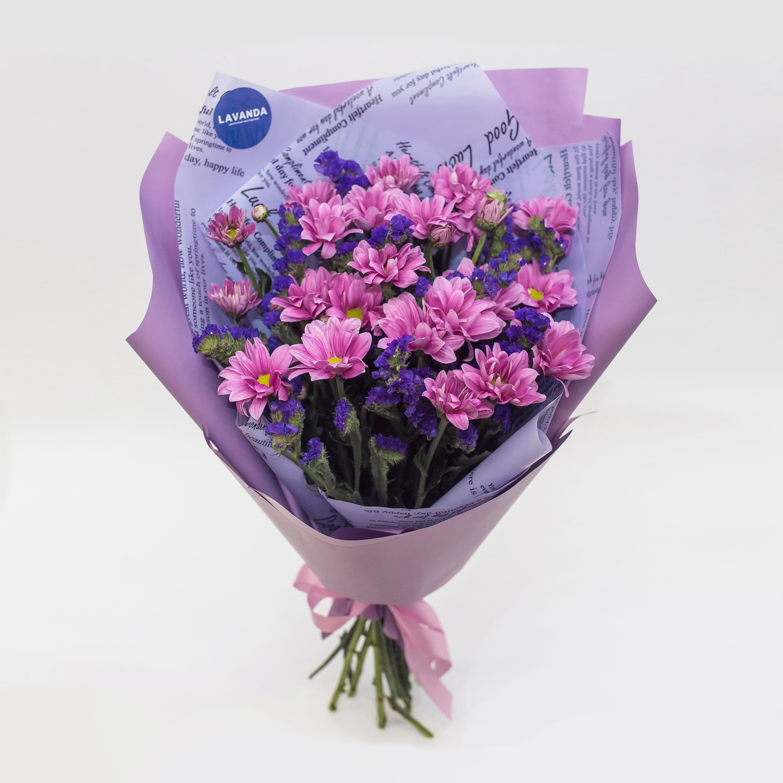 Фиолетовый букет со статицей