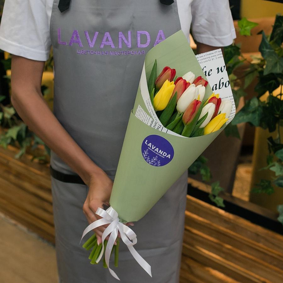 15 тюльпанов в матовой пленке